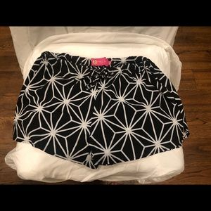 Black and White tropical patterned shorts